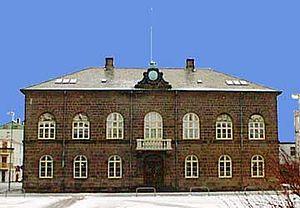 Althingi reykjavik.jpg