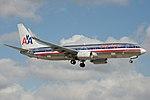 American Airlines Boeing 737-800 N943AN (15804633943).jpg
