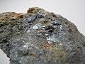 Antimonite (Sb2S3) (13400939525).jpg