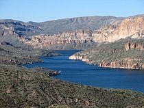 Apache Lake 02.jpg