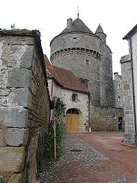 Arnay-le-Duc Tour de la Motte-Forte.JPG