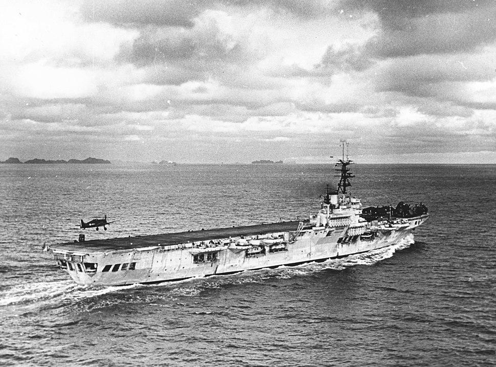 Arromanches (R95) with Hellcat landing c1953