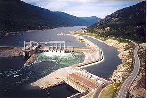 Energy policy of Canada - Arrow Lakes hydroelectric dam