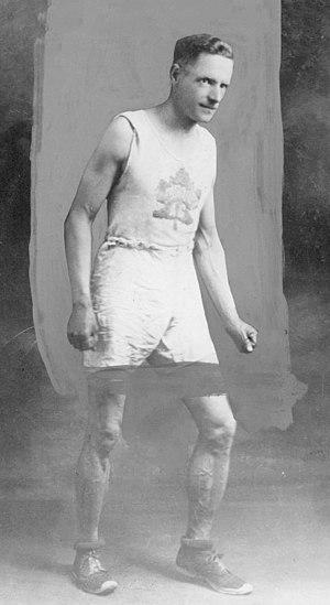 Arthur Scholes - Scholes in 1924