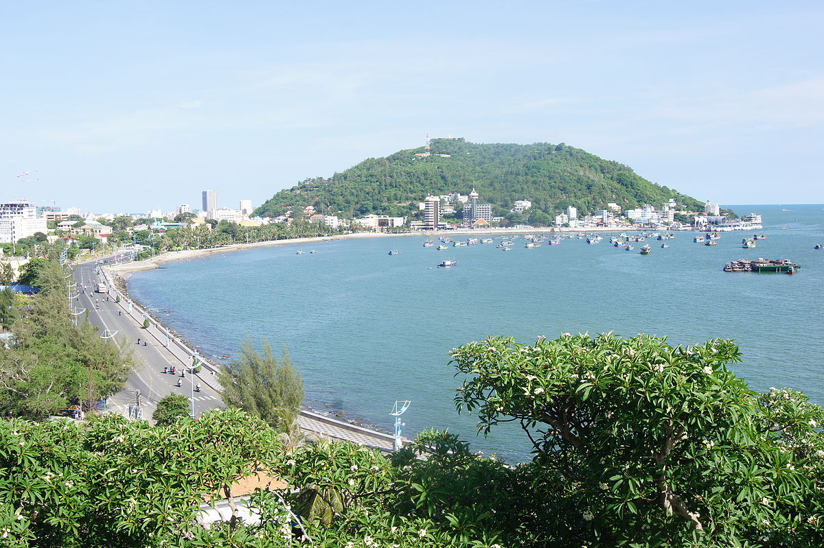 vung tau vietnam Vung tau (vũng tàu) is a city in southern vietnam, about 125 km from ho chi minh city (saigon) its nearness to saigon and its beauty and fresh air makes it a very popular destination for.