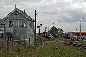 Barrow Road Crossing Signal Box, New Holland.jpg