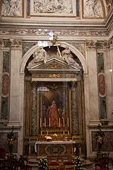Basilica di San Giovanni in Laterano - Interior 8.jpg