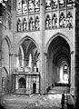 Basilique Saint-Denis - Vue intérieure du transept et du bas-côté sud, vers l'ouest - Saint-Denis - Médiathèque de l'architecture et du patrimoine - APMH00002674.jpg