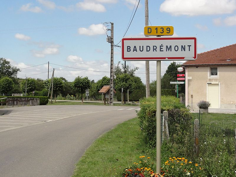 Baudrémont (Meuse) city limit sign