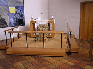 Bavnehøj Kirke, alter