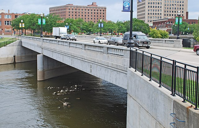 Photo Flint River Bridge by Andrew Jameson