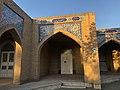 Beheshte Zahra Cemetery 4596.jpg