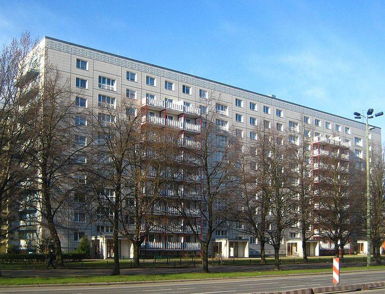 Datei:Berlin, Mitte, Karl-Marx-Allee 14-20, Wohnblock.jpg
