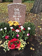 Berlin Friedrichsfelde Zentralfriedhof, Pergolenweg - Otto, Emil
