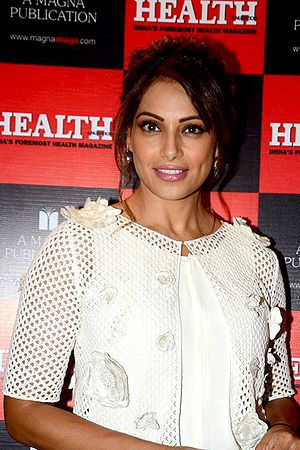 Bipasha Basu - Basu unveils Health's latest magazine cover in 2017.