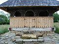 Biserica de lemn din Cărpinis (4).JPG