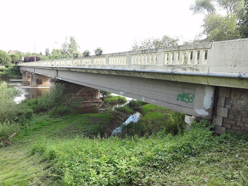 Blainville-sur-l'Eau (M-et-M) pont sur Meurthe