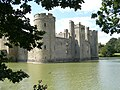 Bodiam Castle - panoramio - PJMarriott.jpg