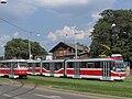 Brno, Nádražní (Wimbledon), Tatra K2 č. 1108 a Tatra K3R-N č. 1751.jpg