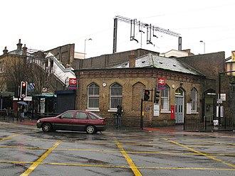 Bruce Grove railway station - Image: Bruce Grove railway station 1