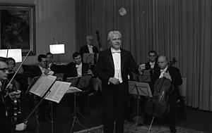 Stuttgarter Kammerorchester - Stuttgart Chamber Orchestra and Karl Münchinger