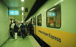 Frankfurt Airport regional station - Class 403 EMU of the Lufthansa-Airport-Express in 1988