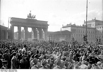 """Return of the """"Iron Gustav"""" to Berlin"""