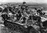 Bundesarchiv Bild 146-1977-143-15, Russland, Angehörige der Waffen-SS