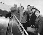 Bundesarchiv Bild 183-82068-0001, Berlin, Gewandhausorchester mit Prof. Konwitschny nach Japan abgeflogen.jpg