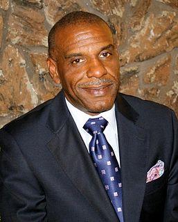 Steven Bradford American politician