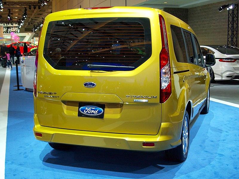CIAS 2013 - 2014 Ford Transit Connect Titanium (8485212953).jpg