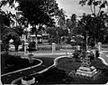 COLLECTIE TROPENMUSEUM Tuin in de kraton van Mankoe Negoro V van Solo. TMnr 60005511.jpg