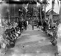 COLLECTIE TROPENMUSEUM Verkiezingen van een hoofd (kria) in Palembang aan de rivier Musi Sumatra TMnr 10001368.jpg