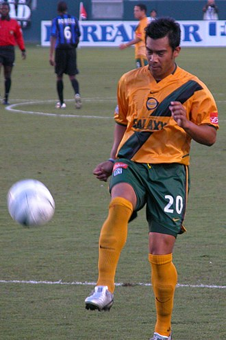 LA Galaxy - Carlos Ruiz wearing Galaxy's old gold-and-green uniform in 2004