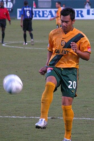 LA Galaxy - Carlos Ruiz wearing Galaxy's old gold-and-green uniform in 2004