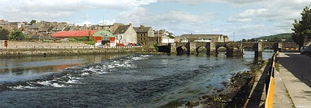 Carraig na Siúire (Carrick-on-Suir), The Old Bridge - geograph.org.uk - 95512.jpg