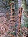 Cast iron gate posts - geograph.org.uk - 1078814.jpg