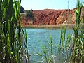 Casting pit with Bauxite near Otranto (Apulia, Italy)-flickr - by-sa - larrylurex.jpg