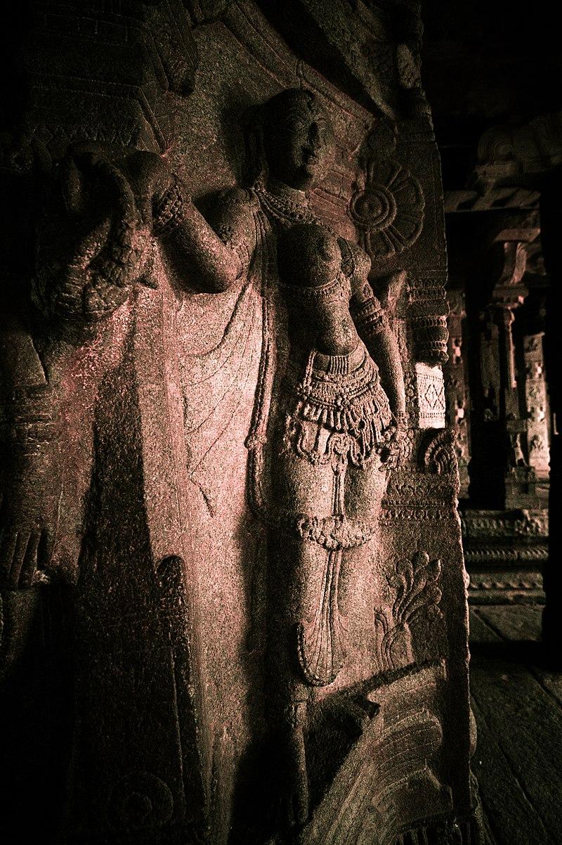 Celestial Seductress , Veerabhadra Temple, Lepakshi.jpg