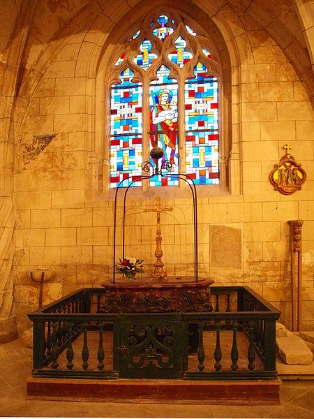 File:Champigny-Yonne-église-24.JPG