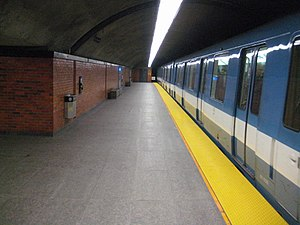 Charlevoix station - Image: Charlevoix Station Metro Montreal