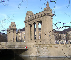 Charlottenburg Gate - Porticoes of Charlottenburg Gate, view from south over Landwehr Canal