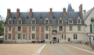 Château de Blois - The façade of the Louis XII wing, with the main entrance