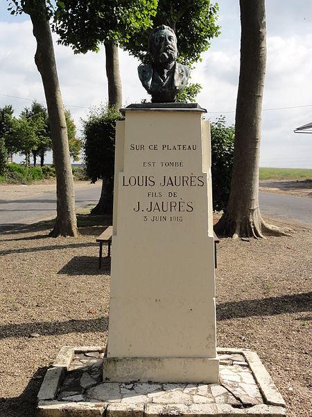 Chaudun (Aisne) mémorial Louis Jaurès, stèle surmonté du buste de son père Jean Jaurès