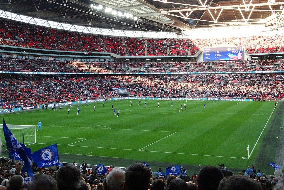Chelsea 4 Spurs 2 (33831630300)