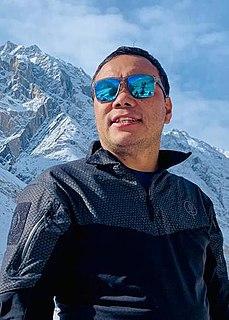Chhang Dawa Sherpa Nepalese mountaineer (born 1982)