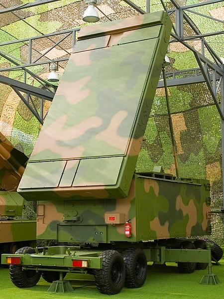 File:Chinese KS-1 SAM radar - HT-233.jpg