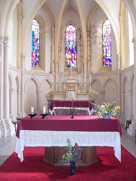 Fichier:Cornay - Eglise.JPG