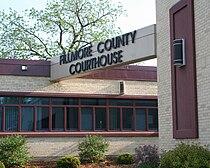 CourthouseFillmoreCountyMinnesota.JPG