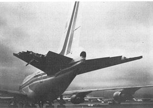 China Airlines Flight 006 - Damage to N4522V's horizontal stabilizers after it experienced a free fall of 30,000 ft.